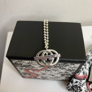 Gucci Brit Interlocking GG Toggle Necklace